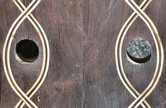Close-up detail of the grain figure of the Dias vihuela peg head
